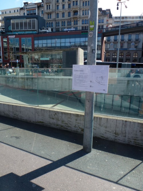 Conscience sur la Place de l'Europe.
